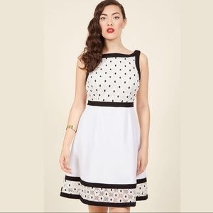 MODCLOTH Bliss In Bloom A-Line Daisy Dress